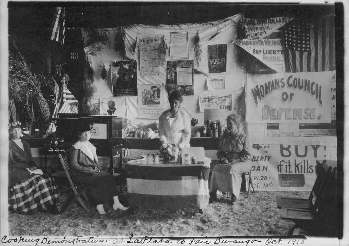 A cooking demonstration in Colorado. State and Local Food Administrators, Colorado, General Correspondence, 1917-1919, ARC # 1067513, National Archives at Denver.