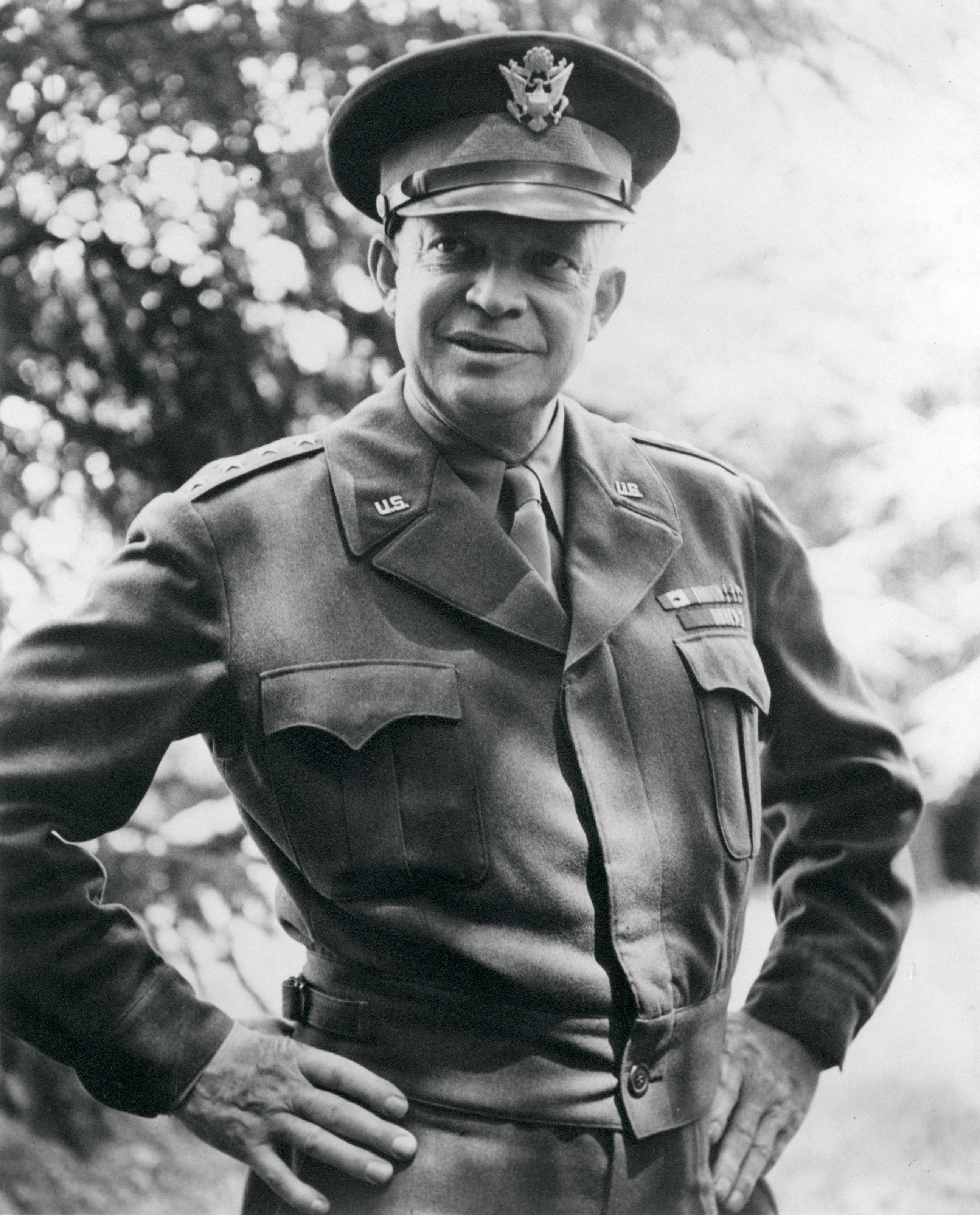 Dwight D. Eisenhower Presidential Library and Museum, National Archives (63-92)