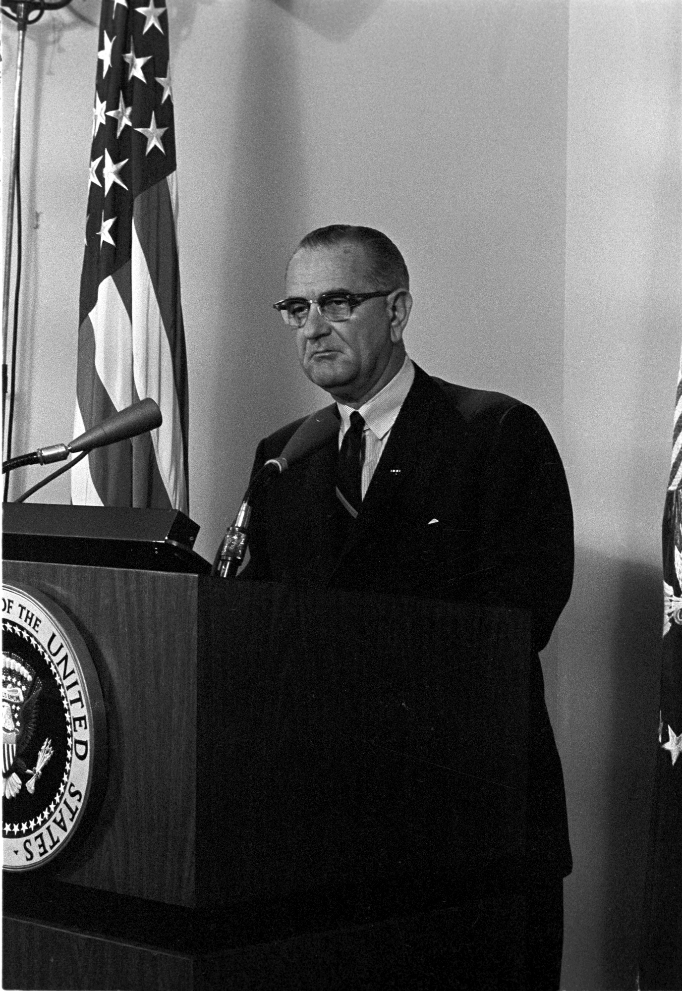 """Midnight Address"" on Gulf of Tonkin incidents in Vietnam, 08/04/1964. (Lyndon Baines Johnson Presidential Library and Museum, National Archives)"