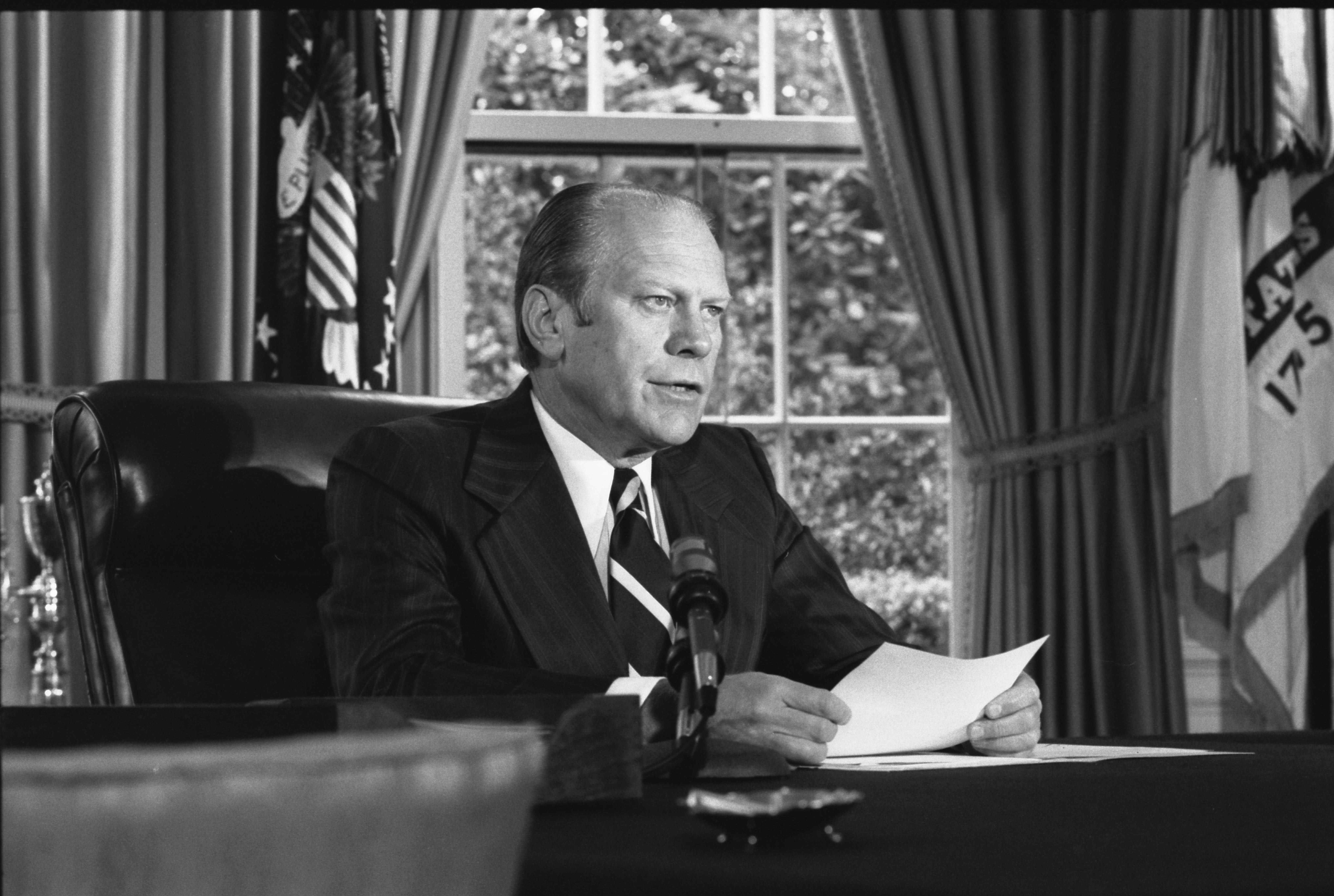Photograph of President Gerald Ford Announcing His Decision to Grant a Pardon to Former President Richard Nixon, 09/08/1974. (National Archives Identifier 7140608)