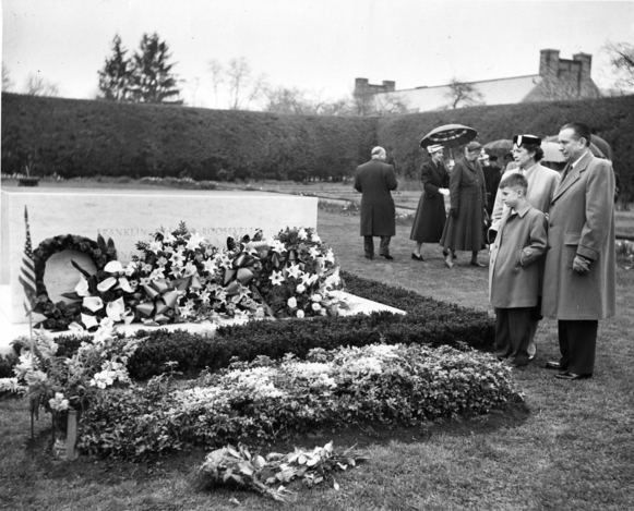 Franklin Roosevelt Grave Site, April 12, 1953. (Harry S. Truman Library and Museum, National Archives)
