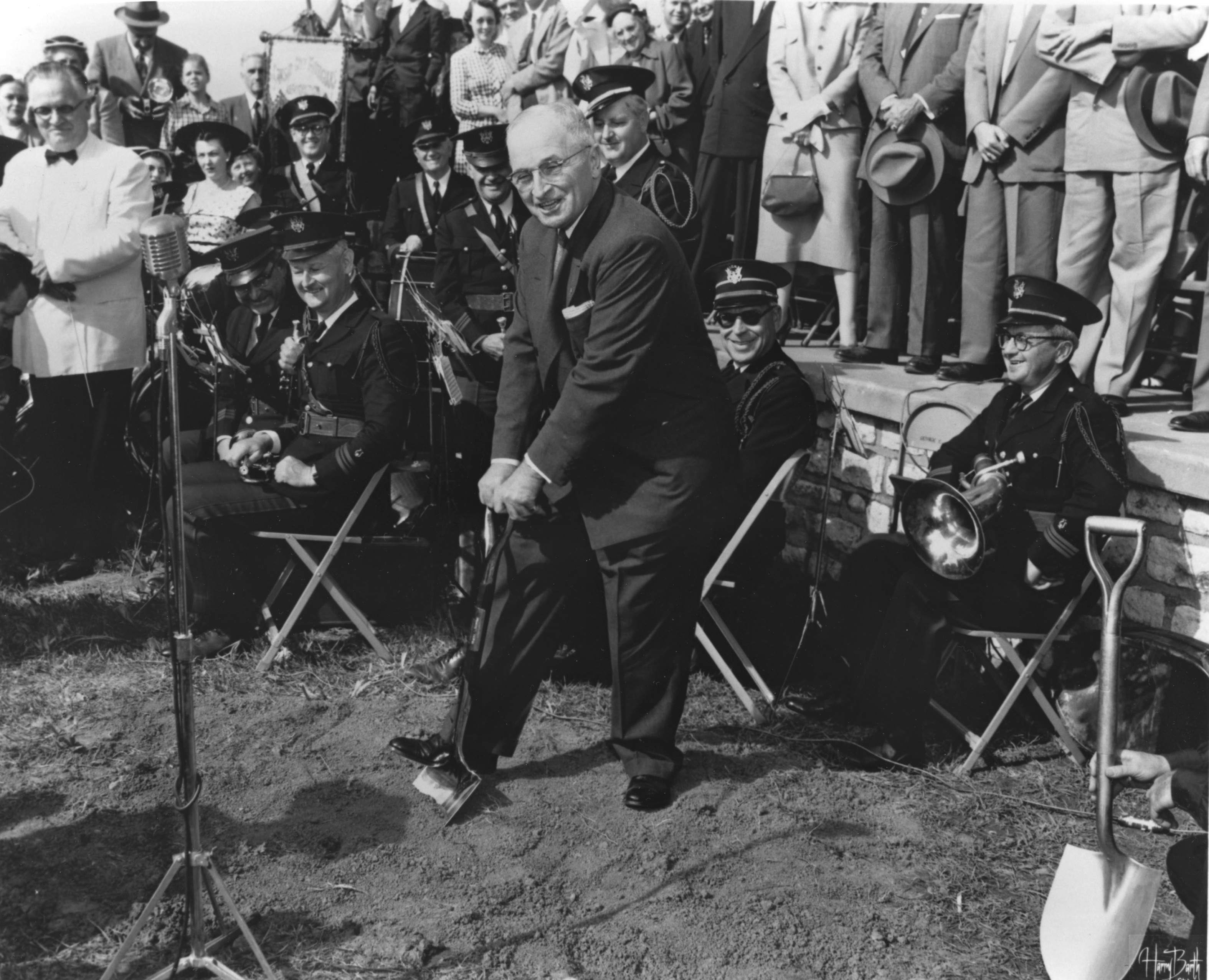 Harry S. Truman at Groundbreaking for Truman Library,  May 8, 1955. (National Archives Identifier 6789287)