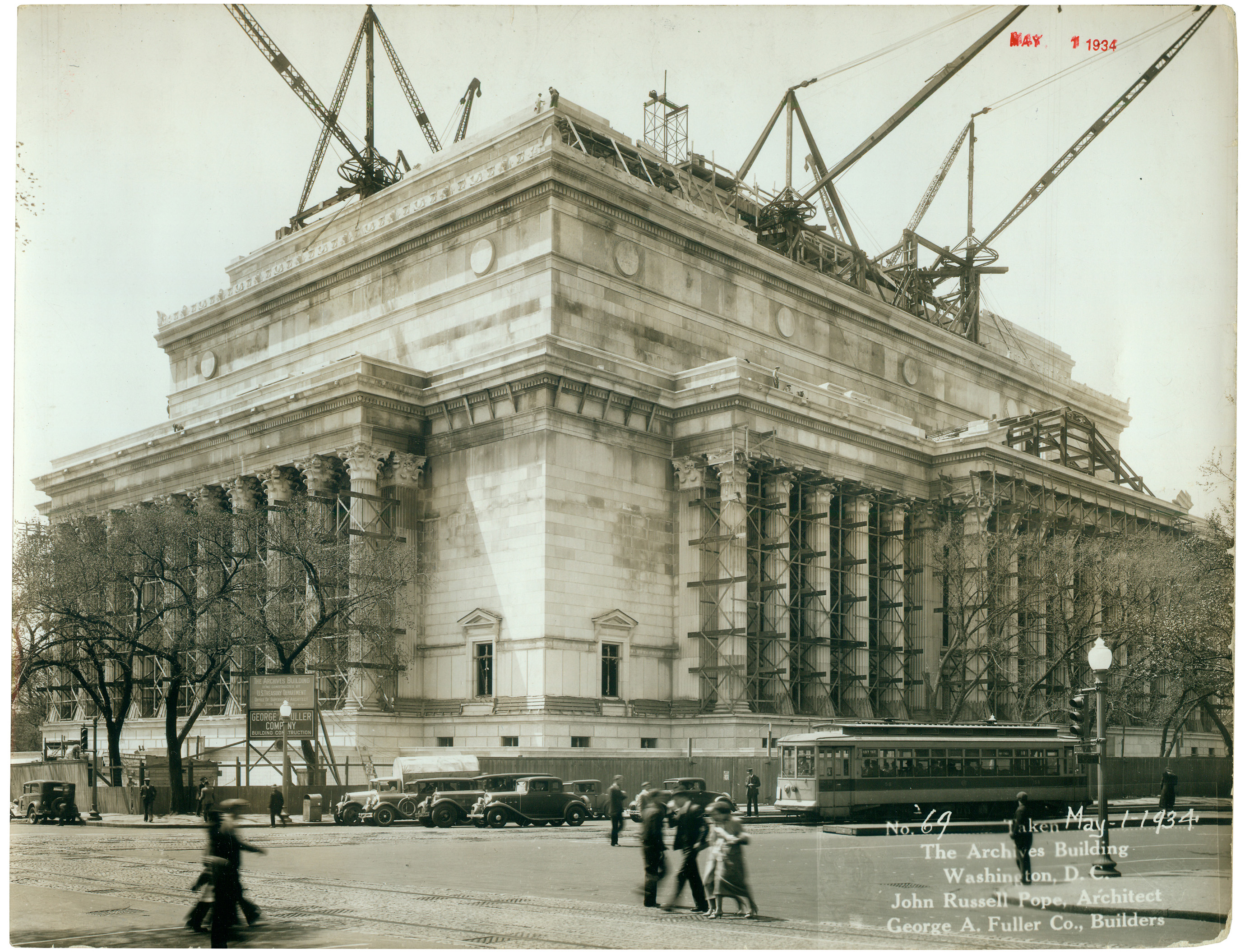 Photograph of the National Archives Building being constructed, 05/01/1934 . (National Archives Identifier 7368457)