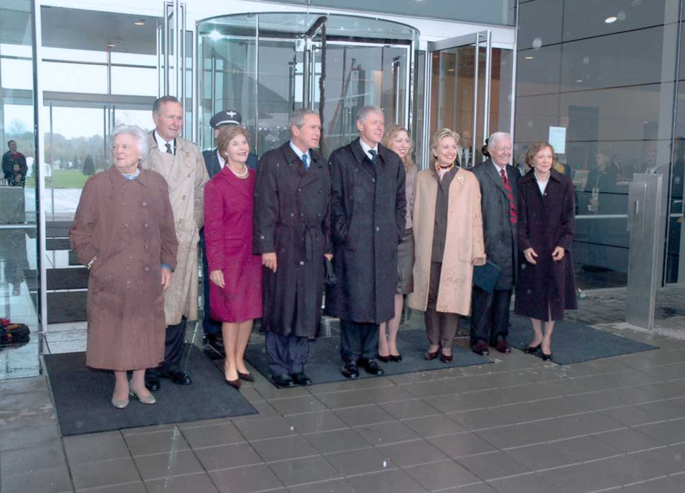 The William J. Clinton Presidential Library and Museum dedication, November 18, 2004. (Photo Courtesy of the William J. Clinton Foundation)