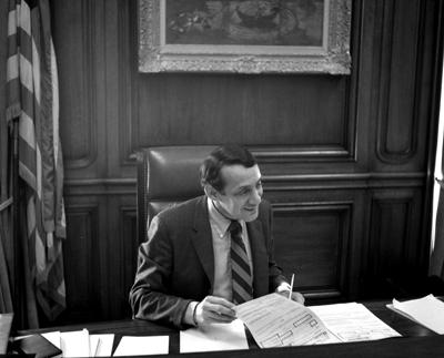 Harvey_Milk_in_1978_at_Mayor_Moscone's_Desk