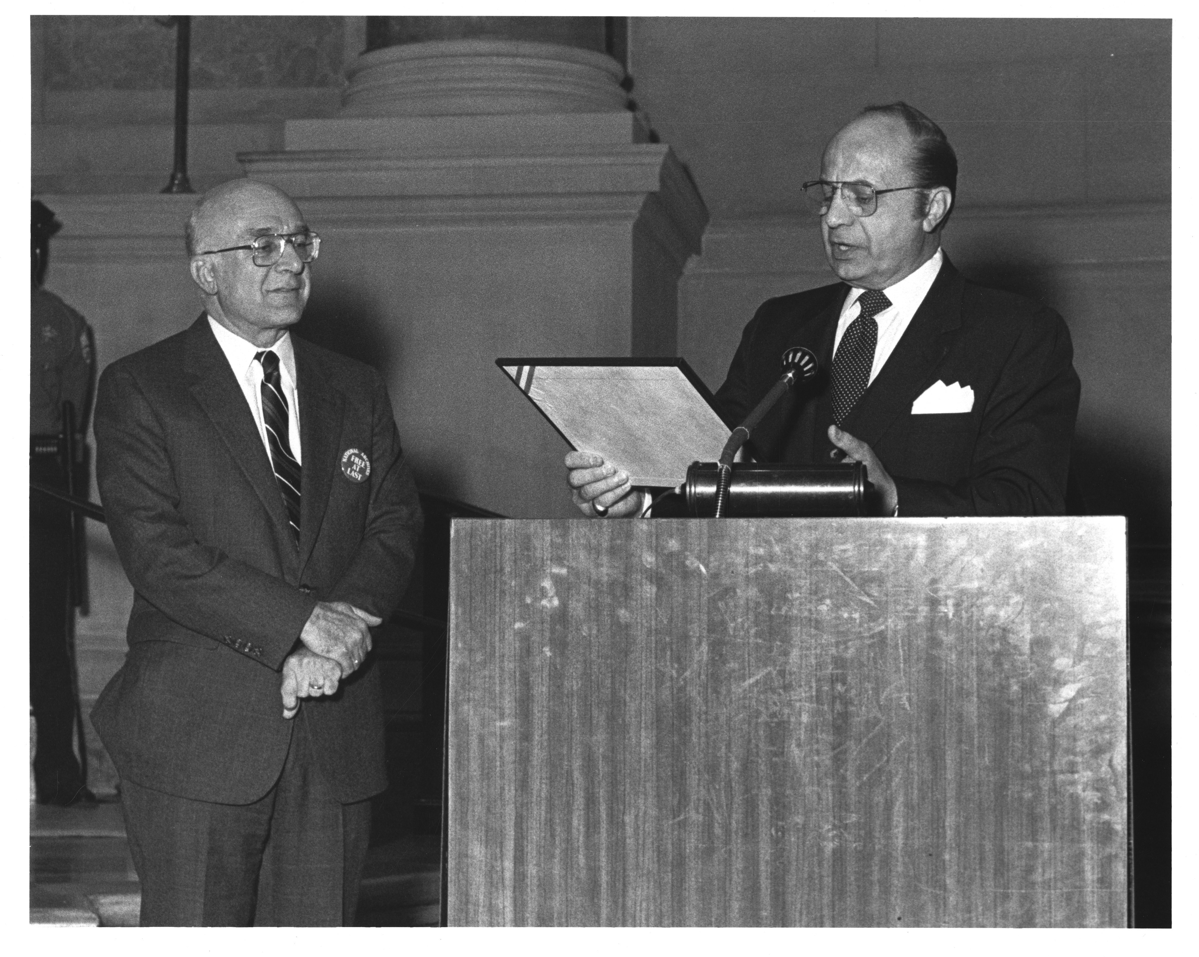 National Archives Independence- NARA ndependence Act Ceremony 4_11-8-84