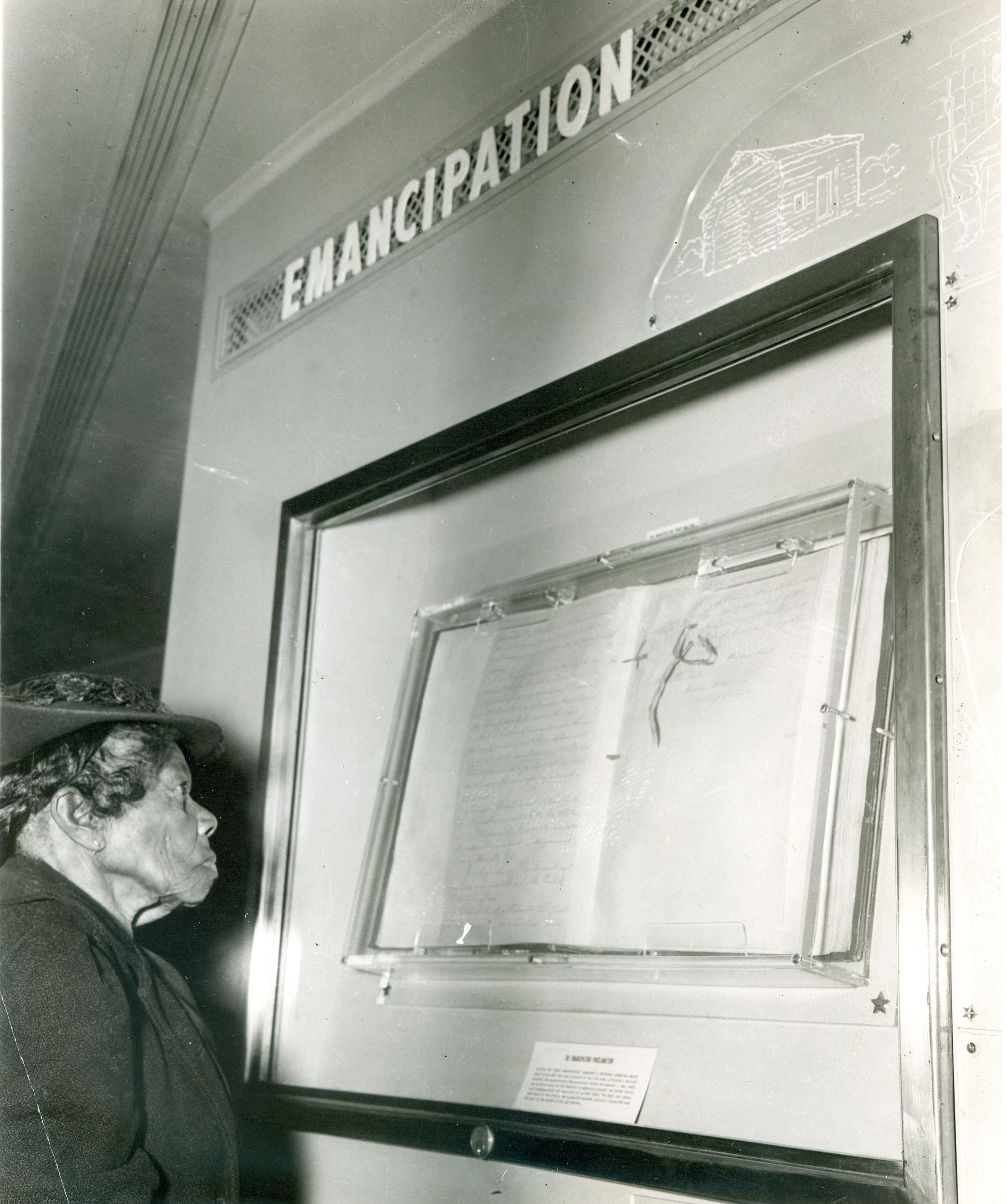 former-slave-sally-fickland-views-emancipation-proclamation1947-xl (1)